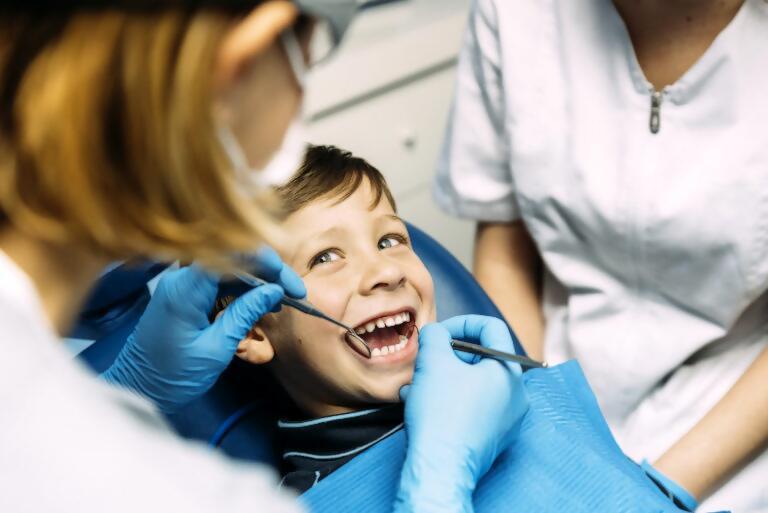 Control de la conducta del pacient en Odontopediatria