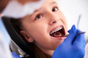 La importancia del tratamiento ortopédico u ortodóntico en niños y adolescentes
